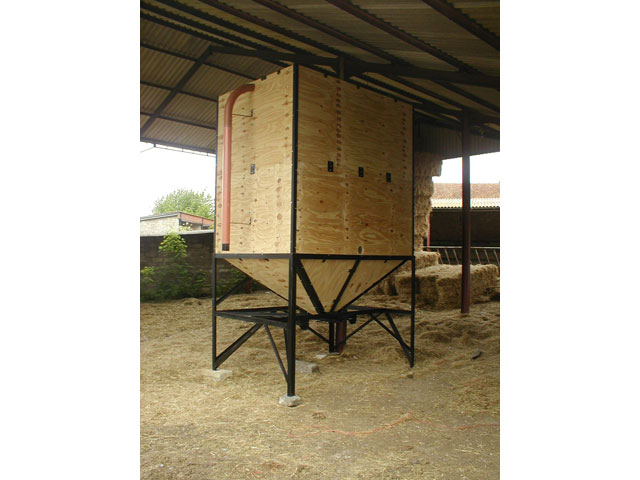 Symms Fabrication Feed Bins